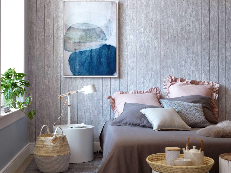 Freshen Up Your Bedroom Look With These 4 Wallpaper Tips