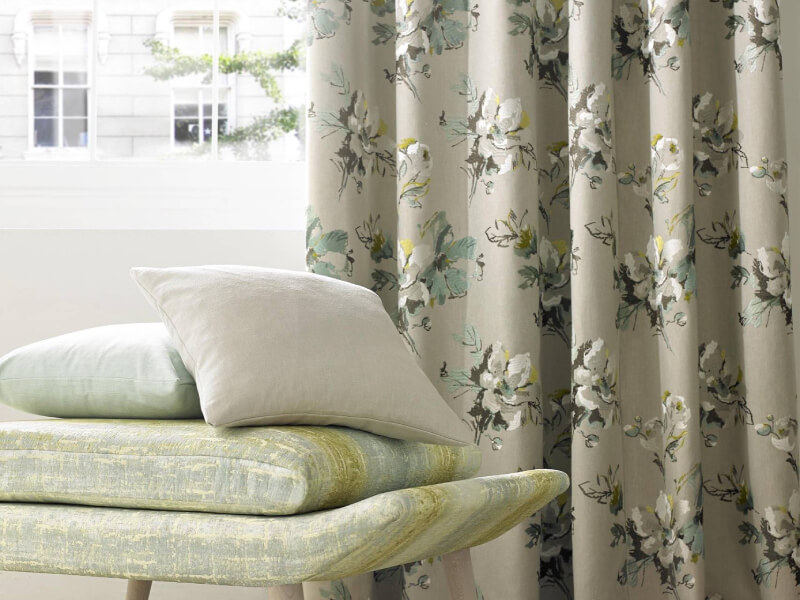 Tips To Choose The Best Curtains For Your Living Room
